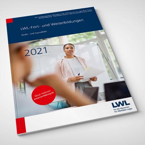Umschlag des Programmheftes LWL-Fort- und Weiterbildungen Kinder- und Jugendhilfe 2021